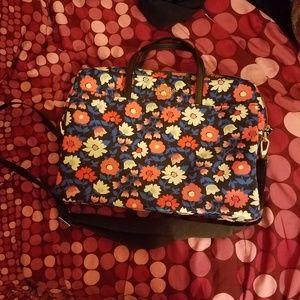 SOLD BNWOT Kate Spade universal daisy laptop bag
